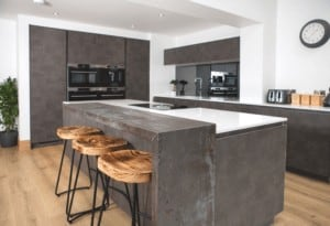Modern Kitchen With Dark Finish