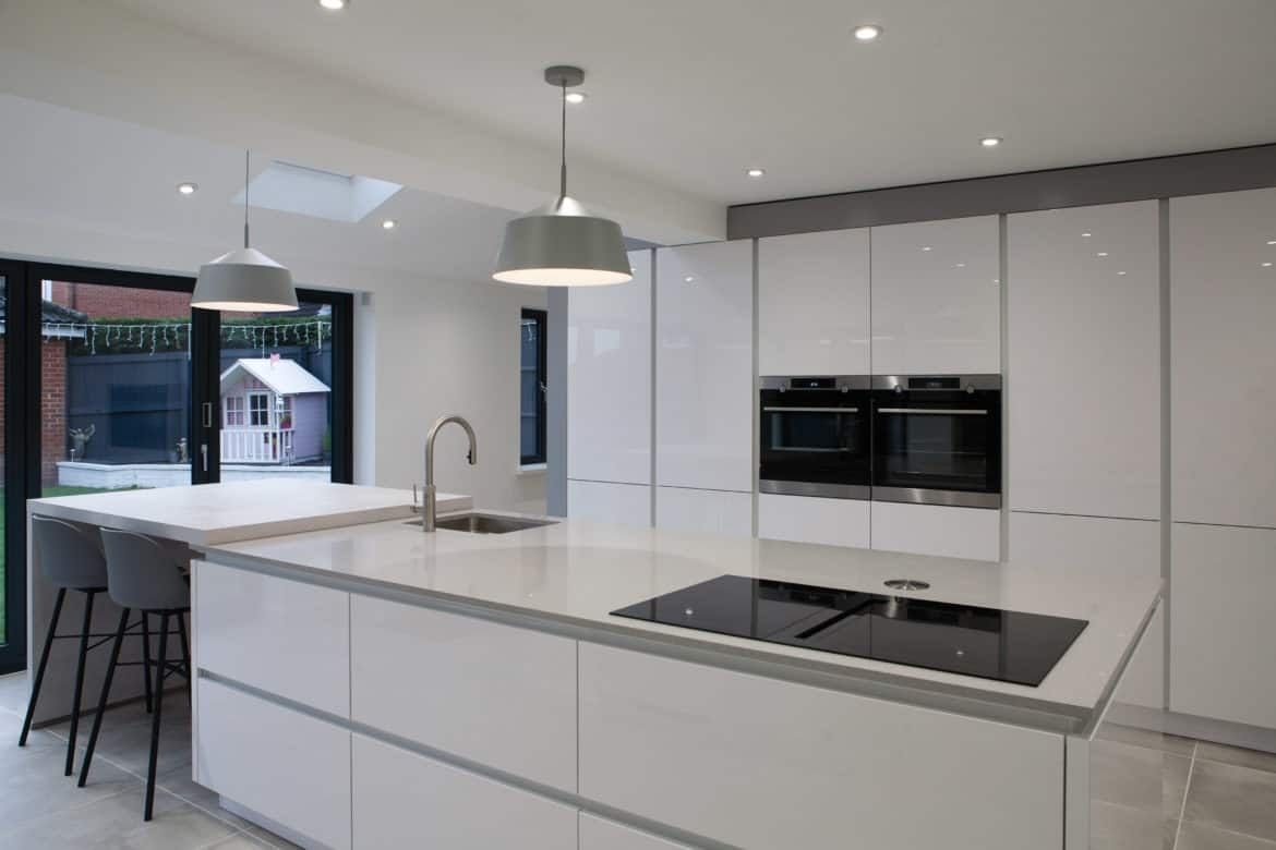 White Modern Kitchen With Gloss Kitchen